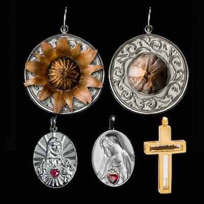 1f2cadc955ee2 Kit Rosa de Belém   Pingente Redondo Rosa de Belém em prata de Lei + 2  lindos presentes - Artigos Religiosos Católicos - Cruz Terra Santa