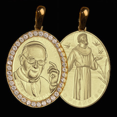 Medalha Papa Francisco Dupla Face em ouro 18K cravejada de Diamantes Francisco