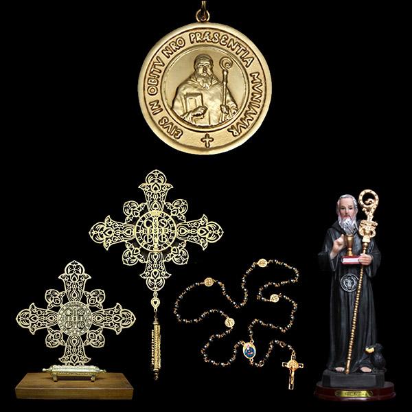 7dbc923bfbdf1 Presentes Religiosos voltar. Você está em  Presentes Religiosos . Presentes  Religiosos . Kit Medalha São Bento em prata de lei chapeado a ouro + 4  lindos ...
