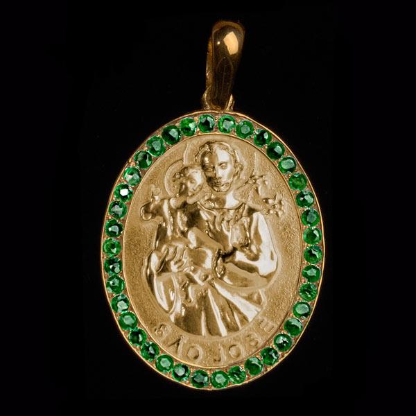 Medalha São José em ouro 18K cravejada de Esmeraldas - Artigos ... c1545bbe14